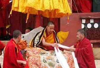 The Double-bind of Guru Devotion